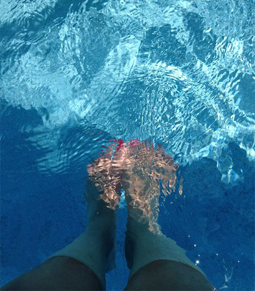 Pool selfeet